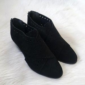 Carlos Santana Black Suede Leather Ankle Booties